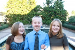 Will, Ellie & Abby - Thanksgiving 2011