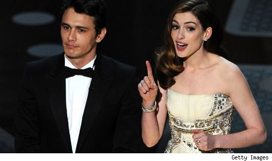 Anne Hathaway & James Franco Host 2011 Oscars