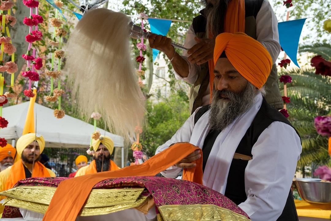 reading of the Guru Granth