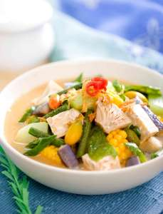 Sayur lodeh is an Indonesian vegetable soup prepared from vegetables in coconut milk 2020 Trends Jackfruit protein